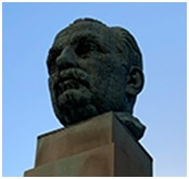 This image has an empty alt attribute; its file name is merchmartwoolworthbust.jpg